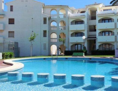 Piscina-Apartamento-652x381